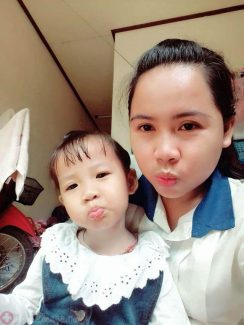 Chị Hạnh và con gái đều cũng chữa viêm họng, viêm amidan tại Trung tâm Đông y Việt Nam