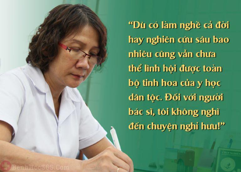 Bác sĩ Tuyết Lan là người thầy thuốc luôn tâm huyết với nghề