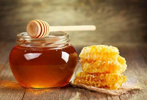 Dùng mật ong để trị bệnh tại nhà