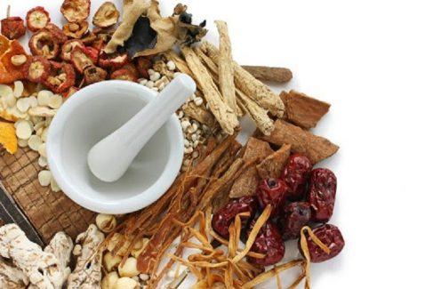Các bài thuốc Đông y sử dụng thảo dược thiên nhiên nên ít có tác dụng phụ