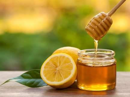 Uống nước chanh mật ong mỗi ngày