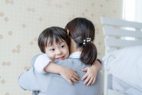 Chị Hà chữa khỏi viêm da cơ địa cho con nhờ bài thuốc Quân dân 102 (Ảnh minh họa)